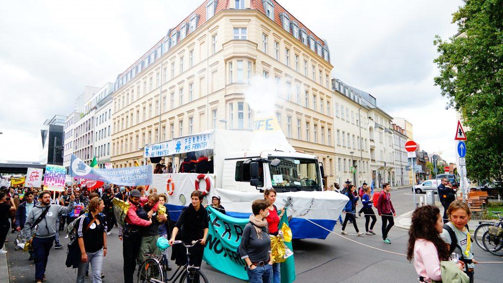 Welcome United Demo Berlin